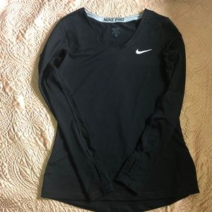Women's dry-fit Nike pro long sleeve shirt
